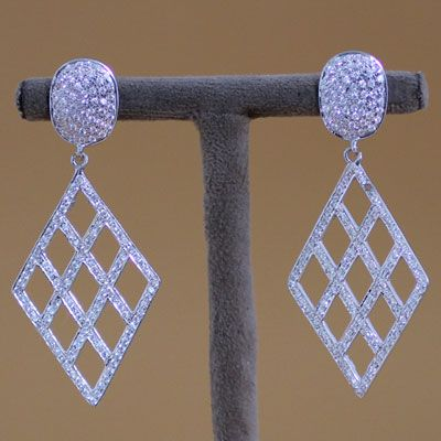 JALI DESIGN STERLING SILVER EARRING WITH ZIRCON