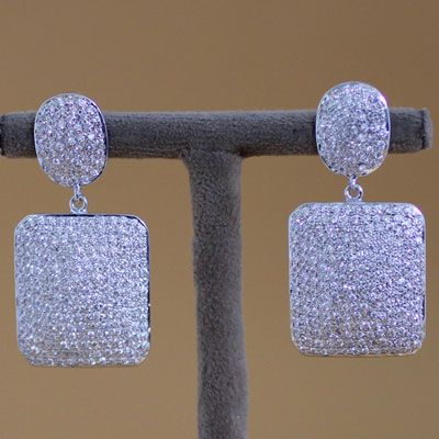 STERLING SILVER SPARKLING EARRING WITH ZIRCON