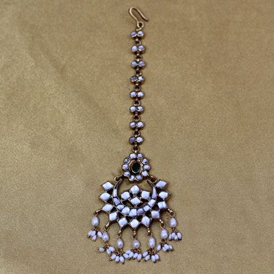SPECIAL OCCASION GOLD PLATED MAANGTIKKA