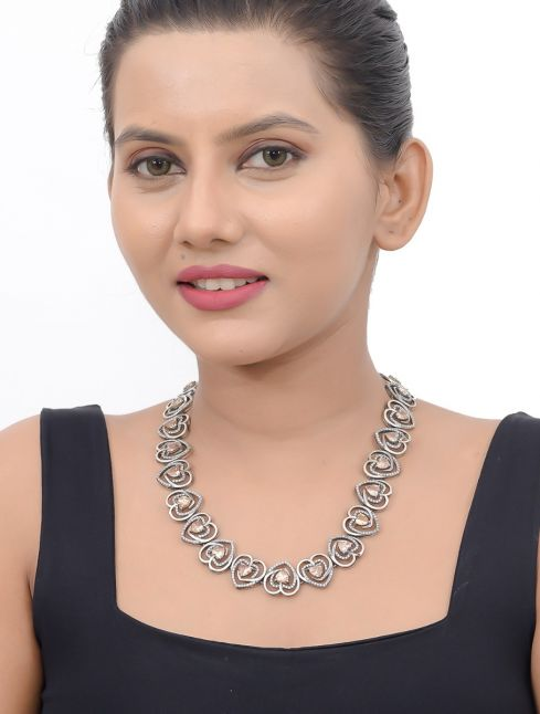 Silver Exquisite Heart Shaped Necklace With Stones
