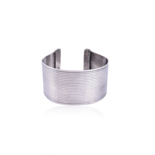 Wrapped lines silver bangle