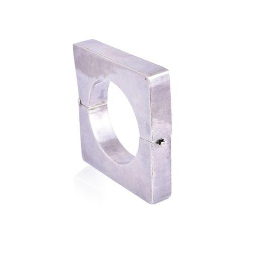 Hinged square design silver bangle