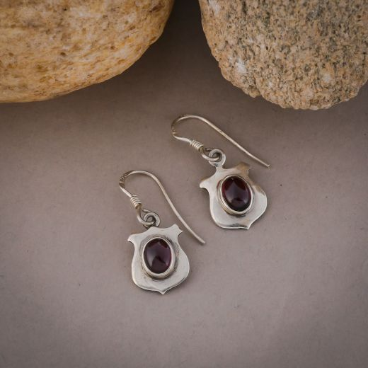 Shield shape silver earring with pink stone