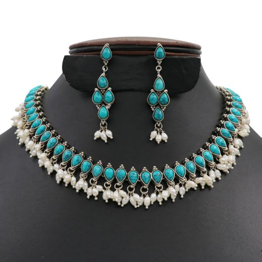 Dropeshape Design Silver Necklace With Skyblue & White Stones