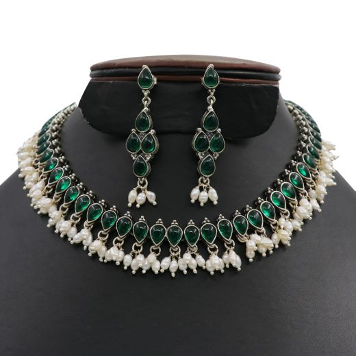 Dropeshape Design Silver Necklace With Green & White Stones